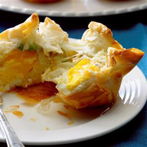 Ham & Cheese Breakfast Bundles Recipe