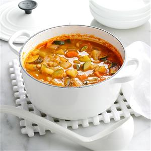 Hearty Italian White Bean Soup Recipe