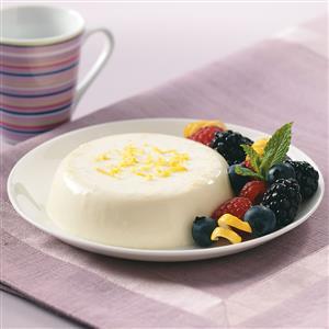 Lemon Panna Cotta with Berries Recipe