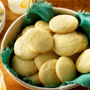 Mom's Lemon Sugar Cookies Recipe