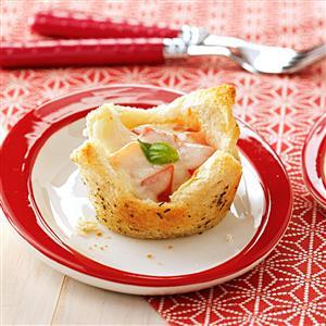Mozzarella Appetizer Tartlets Recipe