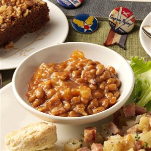 Pineapple-Bacon Baked Beans Recipe