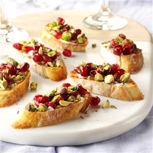 Pomegranate Pistachio Crostini Recipe