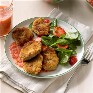 Pork Medallions with Garlic-Strawberry Sauce Recipe