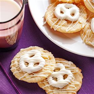 Pretzel-Topped Sugar Cookies Recipe