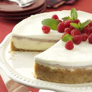 Raspberry Almond Cheesecake Recipe