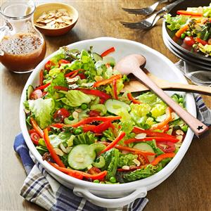 Red & Green Salad with Toasted Almonds Recipe