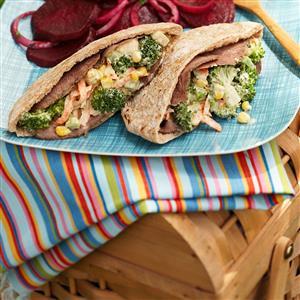 Roast Beef Garden Pitas Recipe