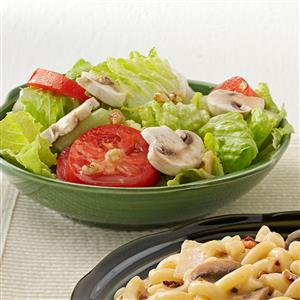 Romaine and Walnut Salad Recipe