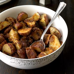 Rosemary Potatoes with Caramelized Onions Recipe