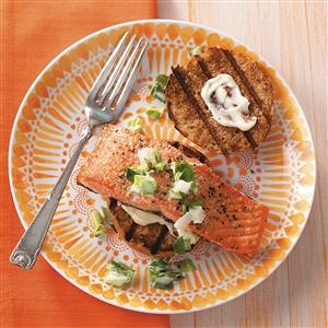 Salmon & Slaw Sliders Recipe
