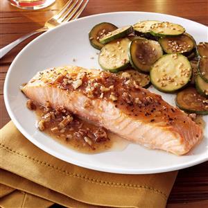 Salmon with Honey Pecan Sauce Recipe