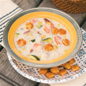 Seafood Chowder with Seasoned Oyster Crackers Recipe