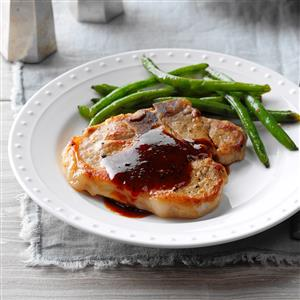 Simple Sweet 'n' Tangy Pork Chops Recipe