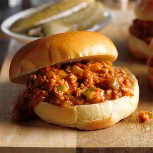 Slow-Cooked Turkey Sloppy Joes