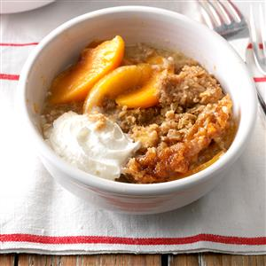 Slow Cooker Peach Crumble Recipe