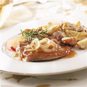 Smothered Cider Pork Chops Recipe