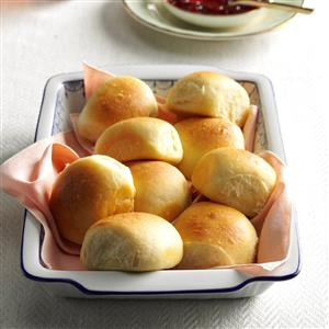 Soft buttermilk dinner rolls recipe taste of home soft buttermilk dinner rolls recipe forumfinder Image collections
