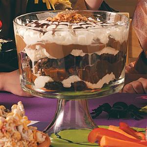 Spiderweb Brownie Trifle Recipe