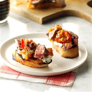 Steak & Blue Cheese Bruschetta with Onion & Roasted Tomato Jam Recipe