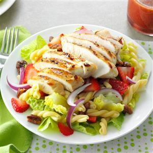 Strawberry-Chicken Pasta Salad Recipe