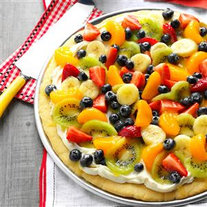 16 Favorite Recipes for Fruit Pizza