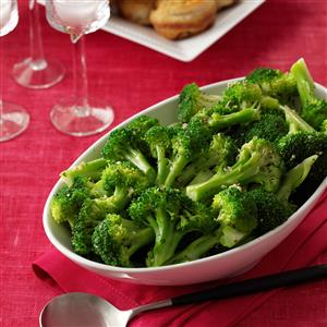 Super-Simple Garlic Broccoli Recipe