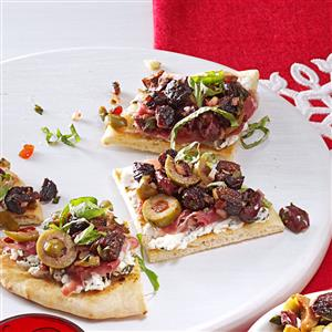 Tapenade-Prosciutto Flatbread Pizza Bites Recipe
