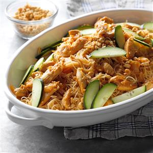 Thai Peanut Chicken and Noodles Recipe
