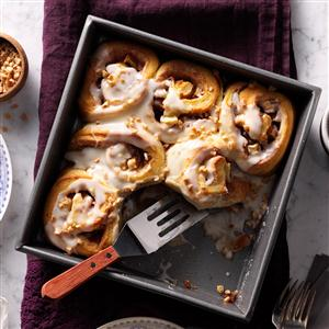 Toffee Apple Cinnamon Buns Recipe
