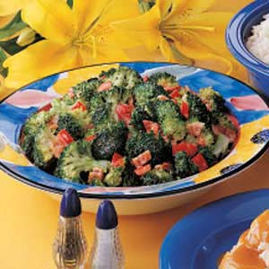 Simple Broccoli Salad Recipe