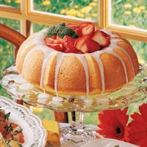 Berry-Filled Lemon Cake Recipe