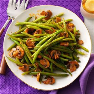 Hungarian-Style Green Beans Recipe