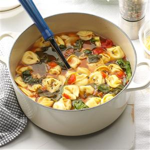 Spinach & Tortellini Soup Recipe