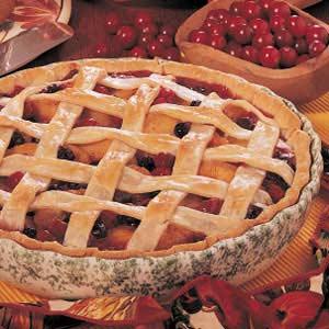 Peach Berry Pie