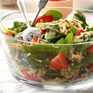 Strawberry-Quinoa Spinach Salad Recipe