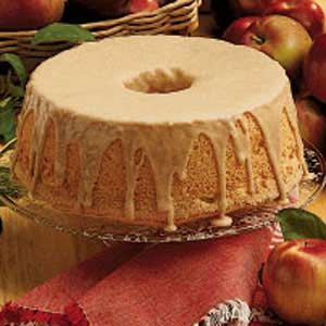 Cinnamon apple angel food cake recipe taste of home cinnamon apple angel food cake recipe forumfinder Images