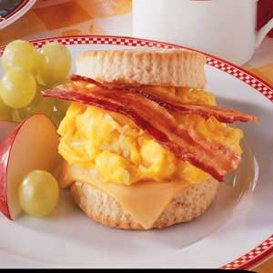 Bacon 'n' Egg Biscuits Recipe