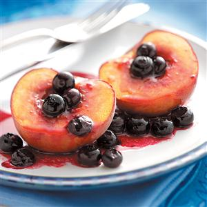 Grilled Peaches 'n' Berries Recipe