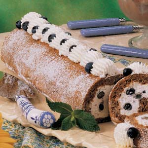 Blueberry Cream Nut Roll