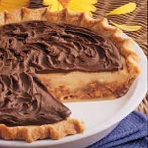 Creamy Candy Bar Pie Recipe