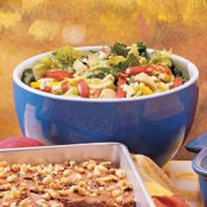 Bacon Blue Cheese Artichoke Tossed Salad Recipe