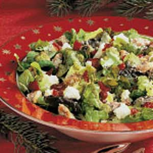 Festive Tossed Salad with Walnuts Recipe