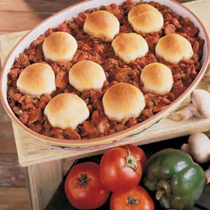 Biscuit-Topped Beef N Beans Recipe