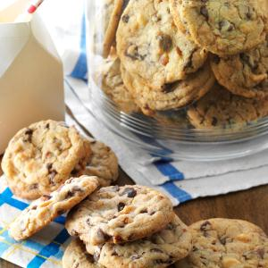 Super Chunky Cookies Recipe