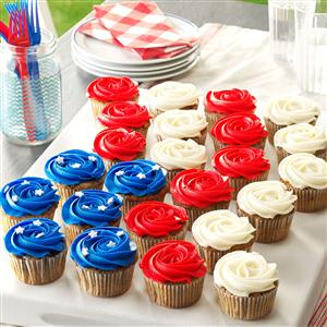 Patriotic Cookie & Cream Cupcakes Recipe