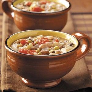 Sixteen bean soup recipe taste of home sixteen bean soup recipe forumfinder Choice Image