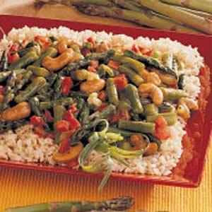 Asparagus Cashew Stir-Fry Recipe