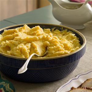 Mashed Potatoes with Cheddar  Recipe