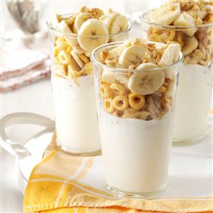 Peanut Butter-Banana Yogurt Parfaits Recipe